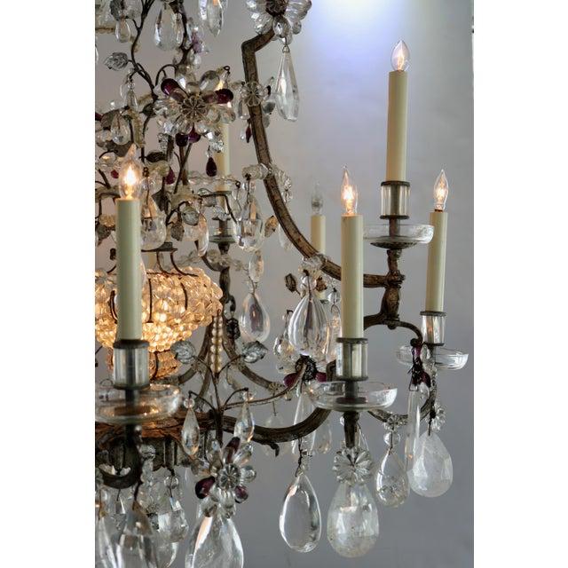 Maison Baguès Masion Bagues, 12-Light, Rock Crystal & Amethyst Chandelier For Sale - Image 4 of 11