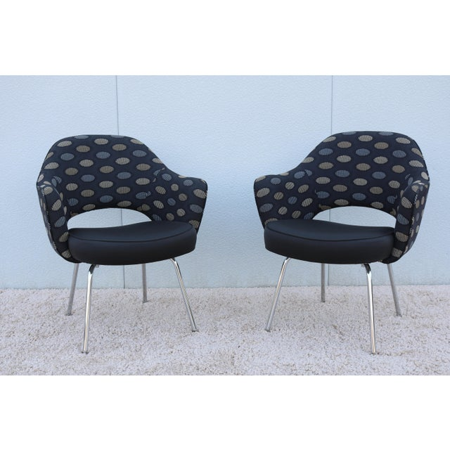 1950sMid-Century Modern Knoll Eero Saarinen Executive Arm Chairs - a Pair For Sale - Image 13 of 13