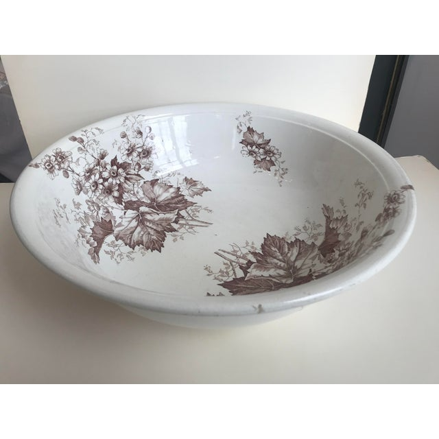 White 19th Century English Floral Ironstone Bowl For Sale - Image 8 of 8