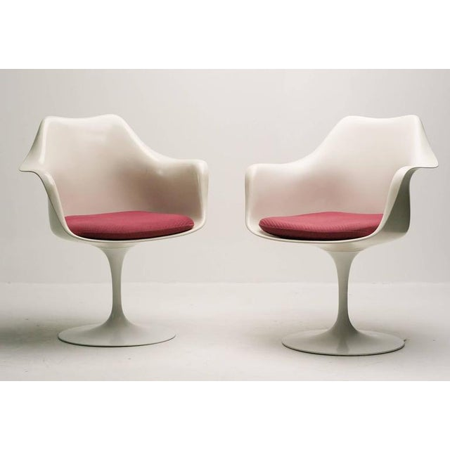 White Rare Early 1950s Set of Two Saarinen Model 150 Tulip Armchairs For Sale - Image 8 of 8