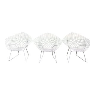 Knoll Bertoia Diamond Chairs - Set of 3 For Sale
