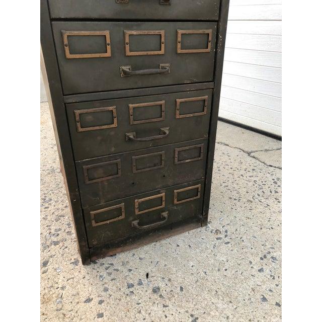 1960s Vintage Industrial Green Steel Filing Cabinet For Sale - Image 5 of 13