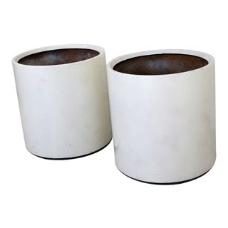 Mid-Century Modern Vintage White Fiberglass Architectural Floor Planters - a Pair For Sale