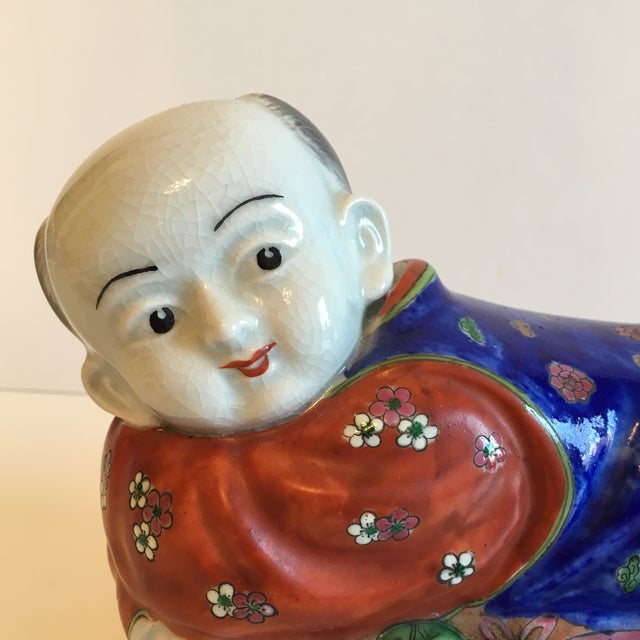 Lidded Porcelain Box With Asian Man Figure - Image 3 of 10
