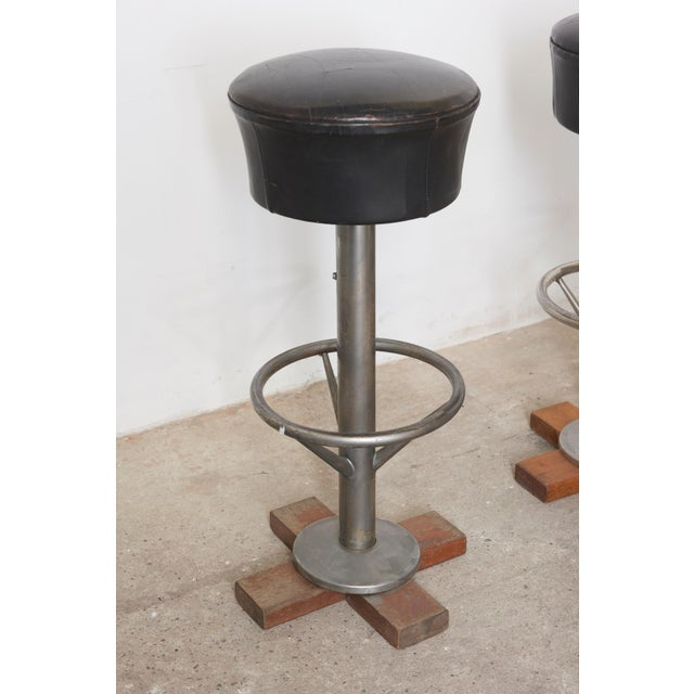 Set of Five Belgium Revolving Barstools, 1960s For Sale - Image 4 of 11