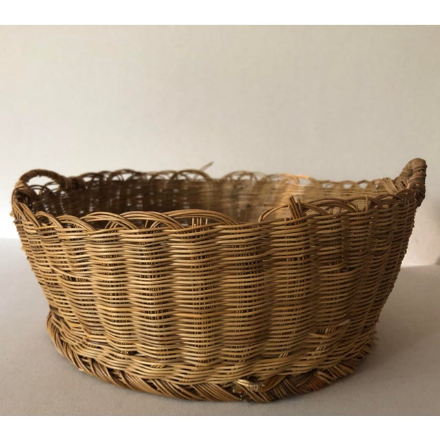 This basket is old with a capital O. Very small weave.