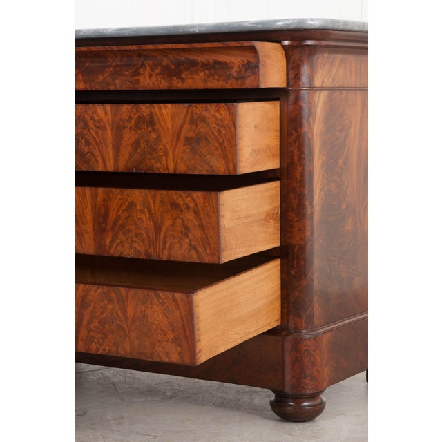 French 19th Century Louis Philippe-Style Mahogany Commode For Sale In Baton Rouge - Image 6 of 12