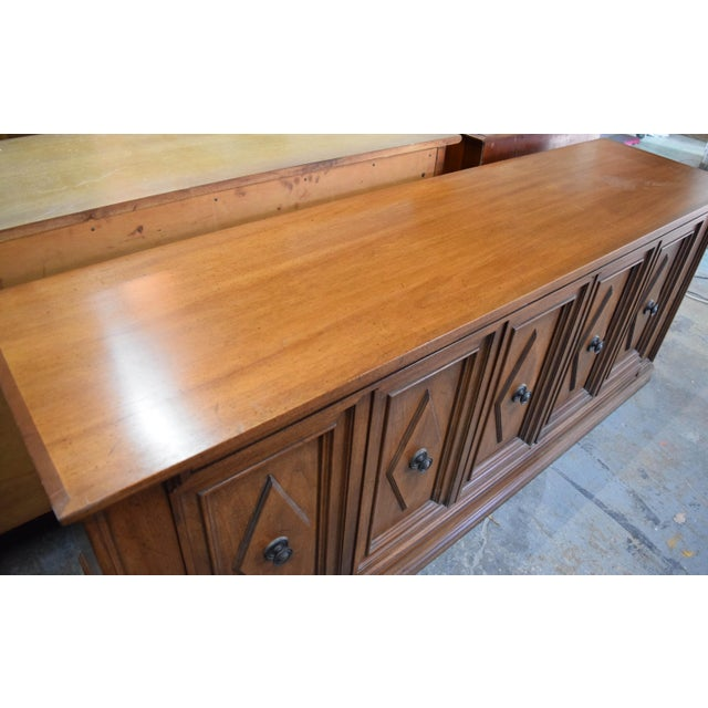 Mount Airy Furniture Company Late 19th Century Vintage Mount Airy Furniture Five Doors Credenza Cabinet For Sale - Image 4 of 9