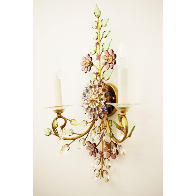Mid-Century Modern Austrian vintage crystal flowers wall sconce For Sale - Image 3 of 10