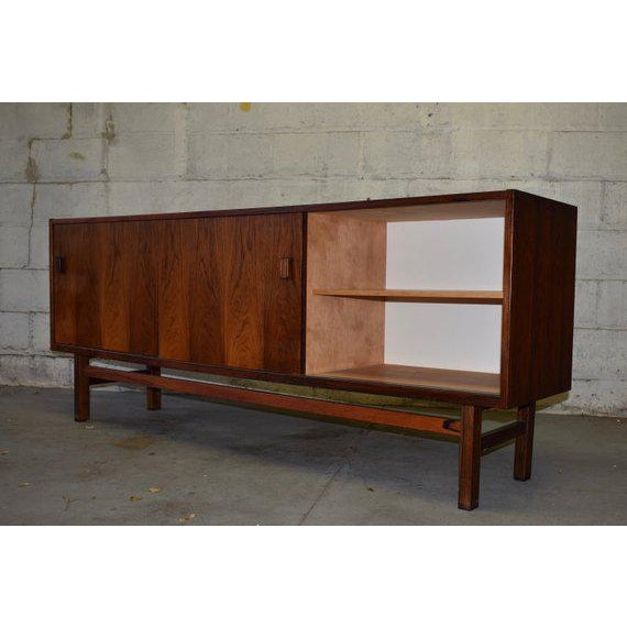 1960s Mid Century Modern Rosewood Credenza by Nils Jonsson for Troeds For Sale - Image 5 of 10