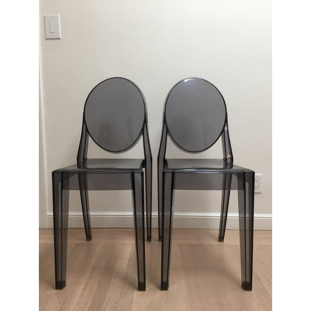 Dark Gray Philippe Starck Smoke Louis Ghost Chairs -Set of 2 For Sale - Image 8 of 8