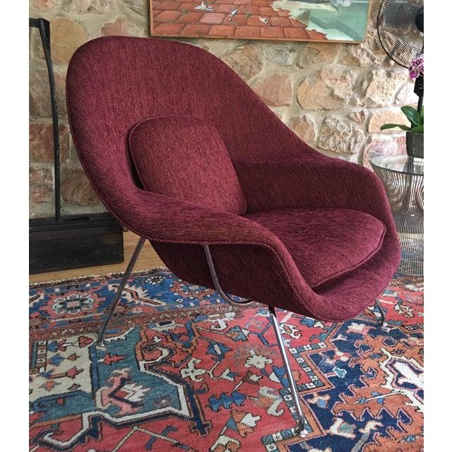 Mid Century Modern Eero Saarinen for Knoll Burgundy Fabric Womb Chair For Sale In Philadelphia - Image 6 of 6