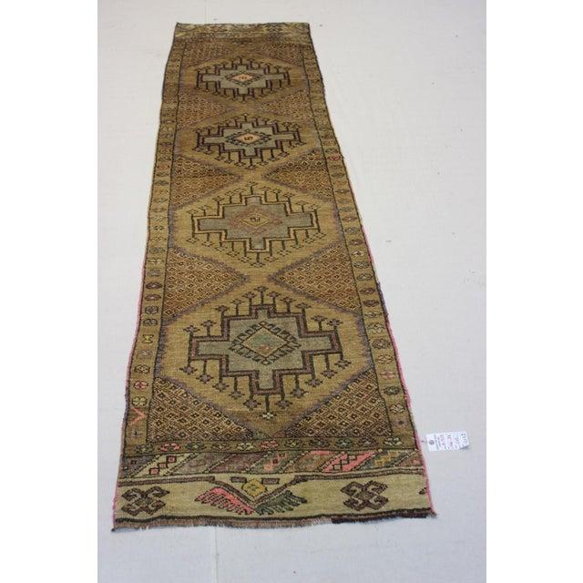 "Traditional Turki̇sh Wool Rug - 2'7"" x 11'3"" - Image 2 of 8"