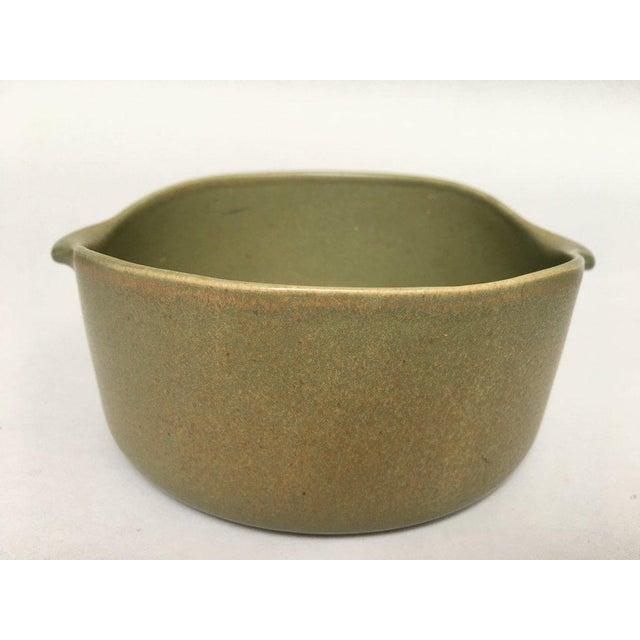 Bennington Potters Stoneware Lug Bowls - Set of 3 For Sale - Image 9 of 11