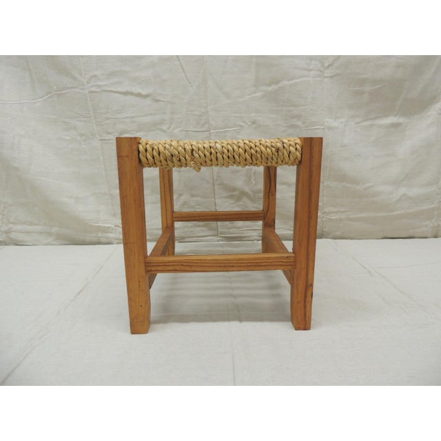 Vintage Rectangular Shaker-Style Foot Stool With Seagrass Woven Seat For Sale - Image 4 of 7