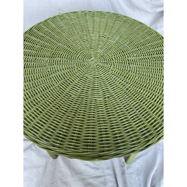Mid-Century Modern Vintage Avocado Green Wicker Side Table For Sale - Image 3 of 8