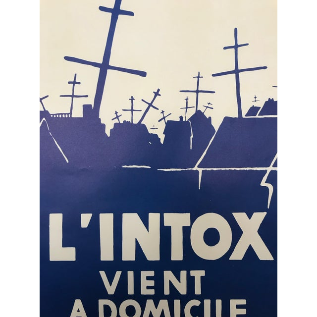 Illustration 1968 Original French Riot Poster - l'Intox Vient a Domicile For Sale - Image 3 of 5