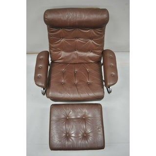 Vintage Mid Century Modern Ekornes Stressless Brown Leather Lounge Chair & Ottoman Preview