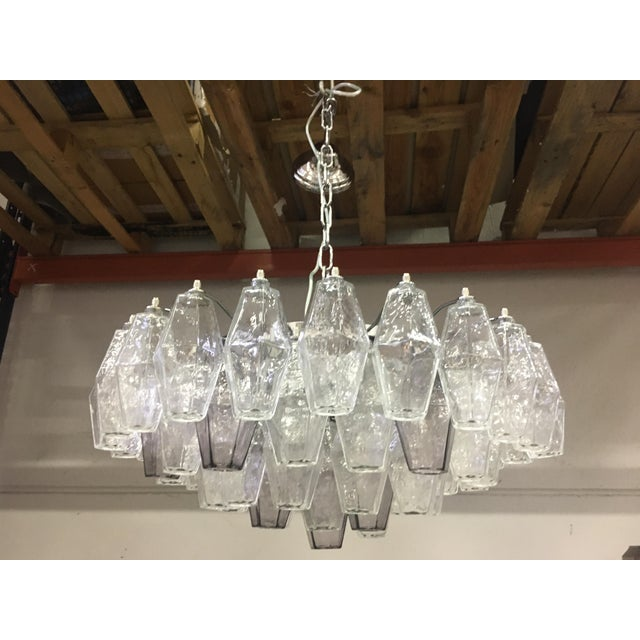 Contemporary Violet and Clear Poliedro Murano Glass With Chrome Frame Sputnik Chandelier For Sale - Image 3 of 13