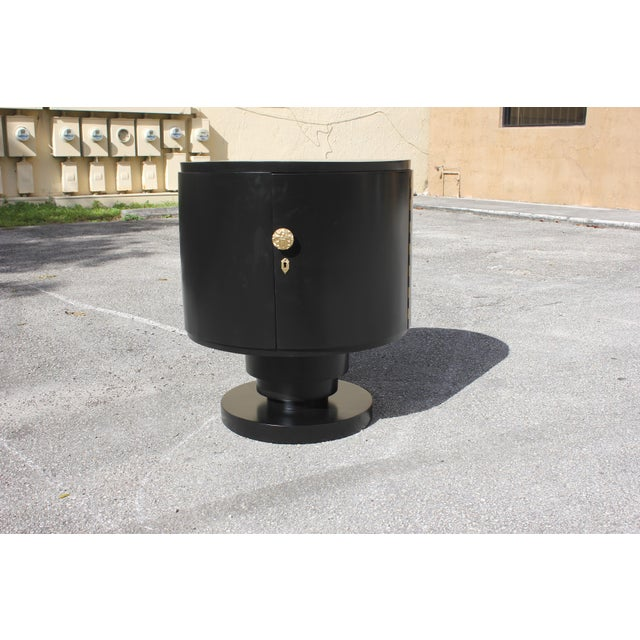 Art Deco 1940s French Art Deco Cylinder Ebonized Dry Bar For Sale - Image 3 of 13