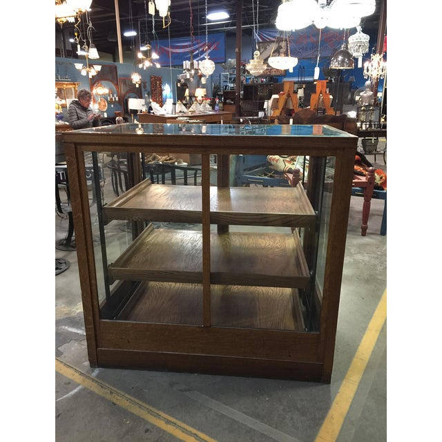 Americana 1900s Americana Oak Display Cabinet With Sliding Shelves For Sale - Image 3 of 8
