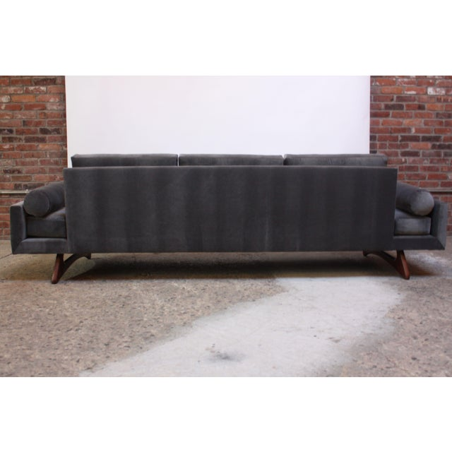 Wood Adrian Pearsall for Craft Associates 'Gondola' Sofa in Walnut and Velvet For Sale - Image 7 of 13