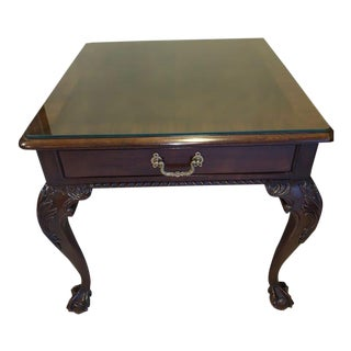 French Provincial Henredon Side Table For Sale