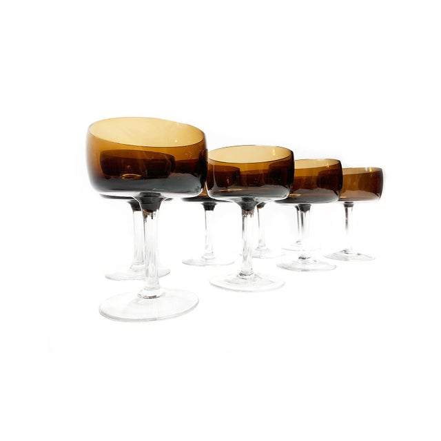 Art Deco Vintage Mid Century Modern Hand Blown Brown Glass Champagne Glasses With Clear Glass Stems - Set of 8 For Sale - Image 3 of 4