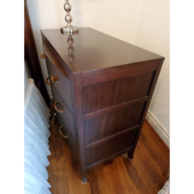 2000 - 2009 Bernhardt Vintage Bachelor Chest With 4 Drawers For Sale - Image 5 of 9
