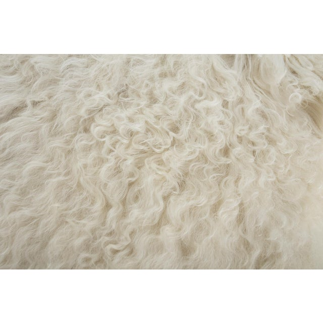 "2010s Contemporary Long Soft Wool Sheepskin Pelt - 2'0""x3'0"" For Sale - Image 5 of 6"