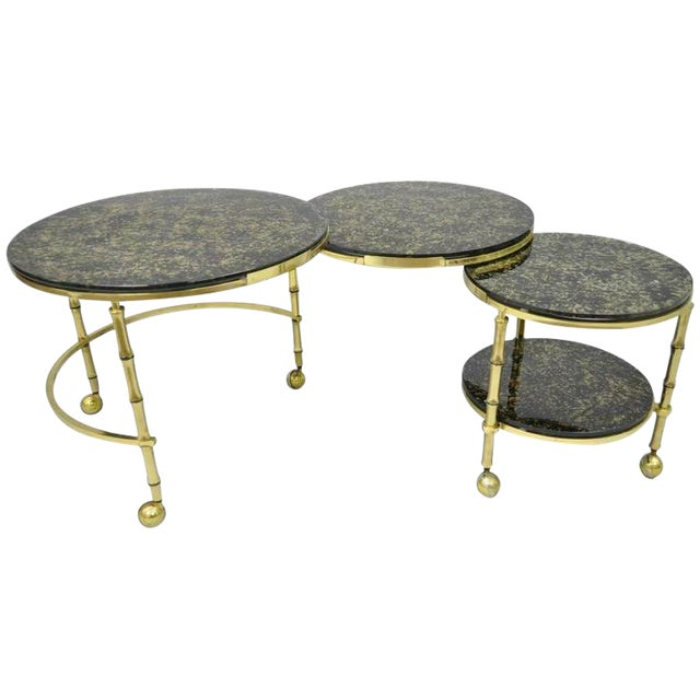 1970s Hollywood Regency Brass and Glass Faux Bamboo Round Nesting Expanding Cocktail Coffee Side Table For Sale
