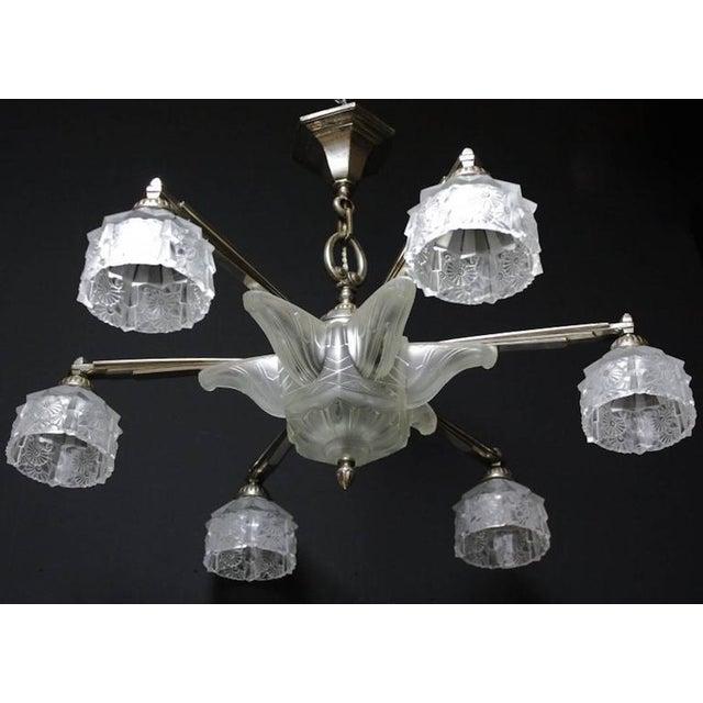 Verrerie Des Hanots Art Deco Chandelier For Sale - Image 4 of 5