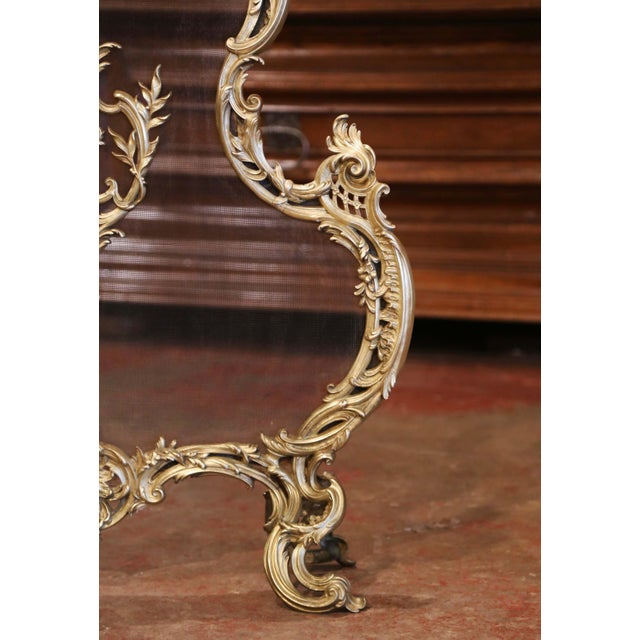19th Century French Louis XV Bronze Doré Fireplace Screen With Cherub Motif For Sale In Dallas - Image 6 of 9