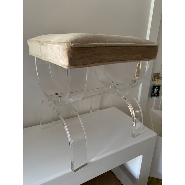 Charles Hollis Jones 1970s Vintage Lucite X-Base Stool For Sale - Image 4 of 13
