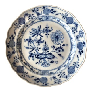 Antique Meissen Style Porcelain Blue Onion Plate For Sale