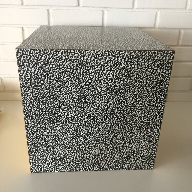 1980s Memphis Ettore Sottsass for Anthologie Quartetto Cube Table For Sale In San Francisco - Image 6 of 12