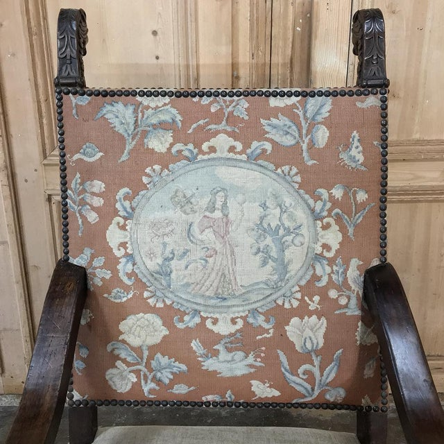 Sculpting 19th Century Spanish Armchair With Needlepoint Tapestry For Sale - Image 7 of 10