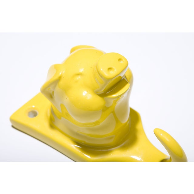 Resin Pig Hook - Yellow - Image 3 of 3