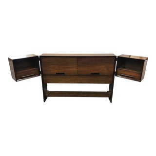 1960s Vintage Milo Baughman for Drexel Perspective Floating Nightstand Full Headboard For Sale