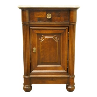 "20th Century Italian Neoclassical Stanley Furniture 22"" Cabinet Nightstand For Sale"