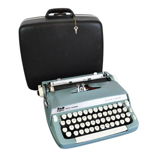 1968 Smith Corona Super Sterling Typewriter in Black Holiday Case For Sale