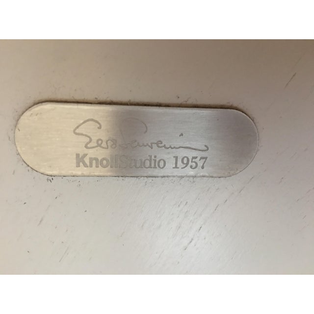 """Mid-Century Modern Eero Saarinen for Knoll 54"""" Marble Dining Table For Sale - Image 9 of 10"""