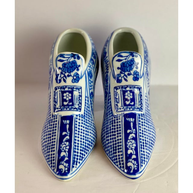 Chinoiserie Vintage Chinoiserie Royal Blue Porcelain Shoes - a Pair For Sale - Image 3 of 8