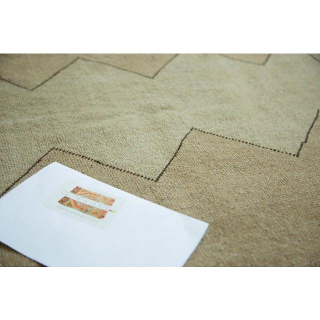 "Tan Vintage Turkish Oushak Carpet - 5'10"" x 7'10"" For Sale - Image 8 of 8"