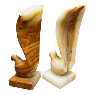 Vintage Art Deco Marble Dove Sculptures/Bookends - a Pair For Sale