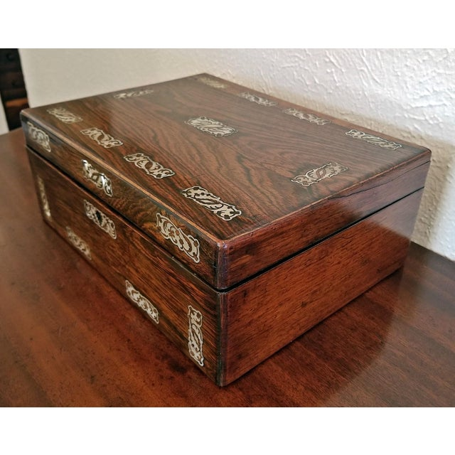 19th Century British Wood and Mother of Pearl Inlaid Dressing Table Box For Sale - Image 10 of 13