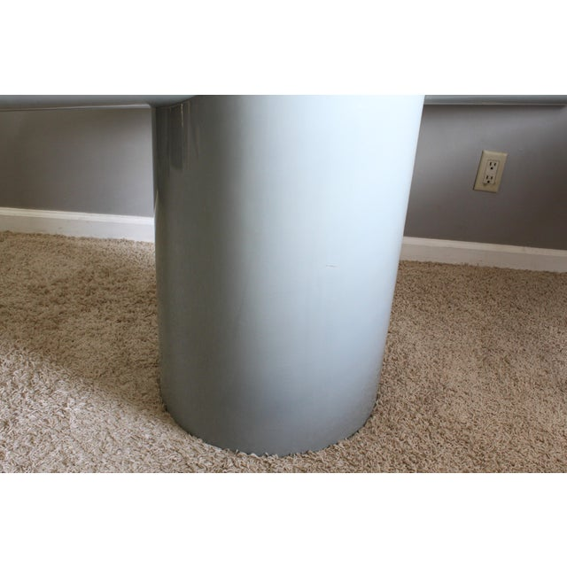 """Space Age Gray Lacquered J. Wade Beam """"Tee"""" Console Table for Brueton For Sale - Image 10 of 13"""