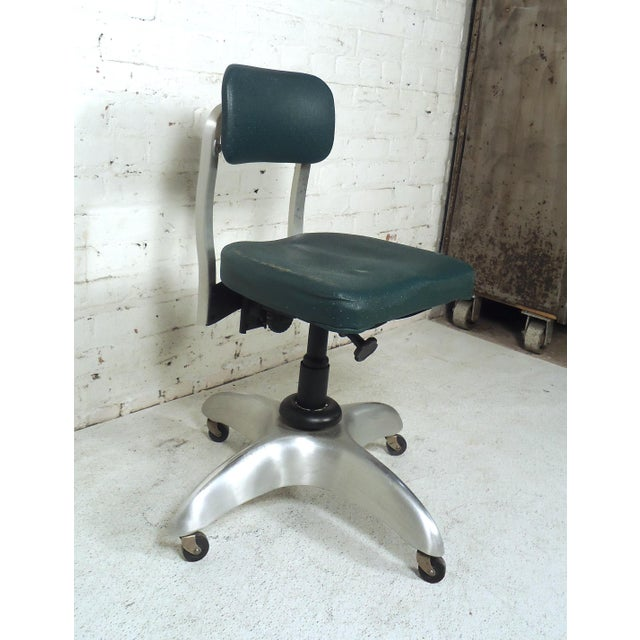 Amazing Vintage Industrial Desk Chair Home Interior And Landscaping Dextoversignezvosmurscom