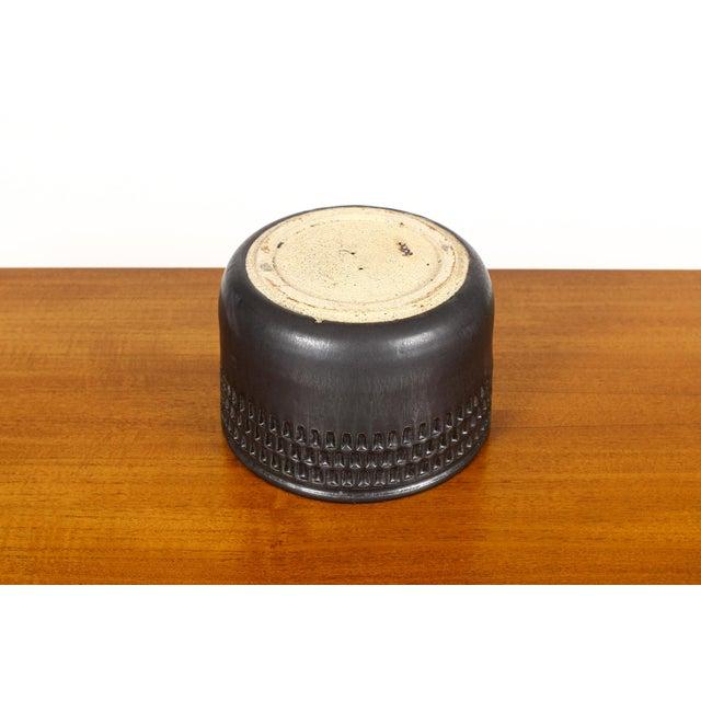 Mid-Century Modern Black Ceramic Stoneware Planter For Sale - Image 3 of 4