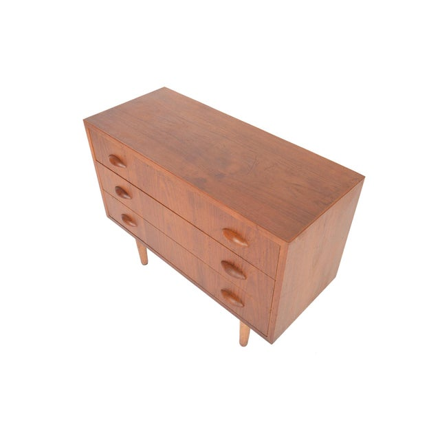 Danish Modern Teak Orange Slice Pull Gentleman's Chest For Sale - Image 4 of 6